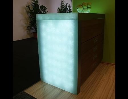 Eisglas beleuchtet