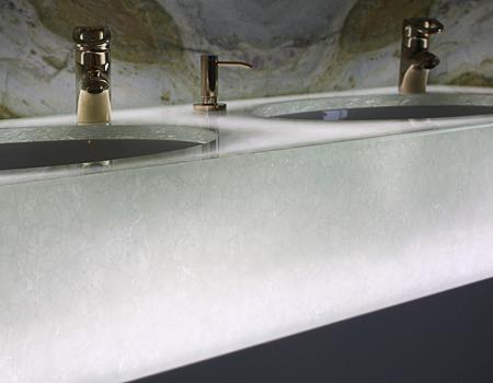 Eisglas mit Beleuchtung